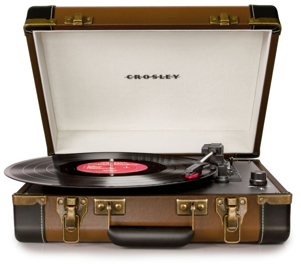 crosley-turntable-suitcase