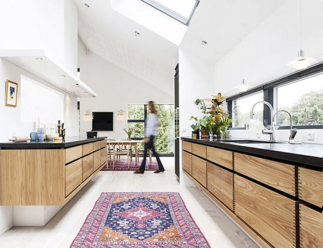 12 Kitchens & Dining Rooms Made Cozy With Kilims