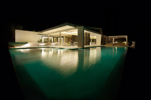 modern-architecture-by-night