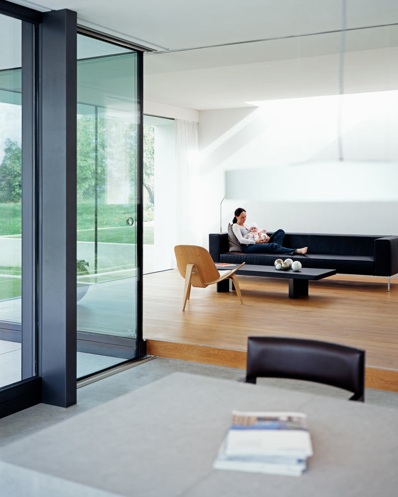 modern-white-home-interior-Philipp-Architekten-2