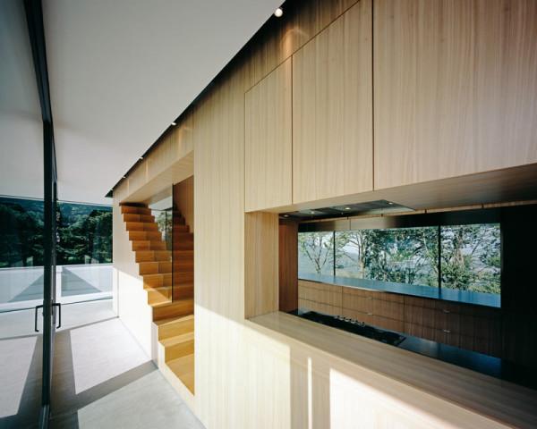 modern-white-home-interior-Philipp-Architekten-4
