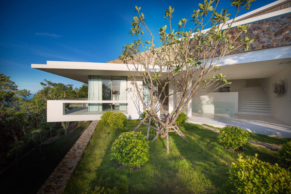 modern-white-house-thailand-architecute