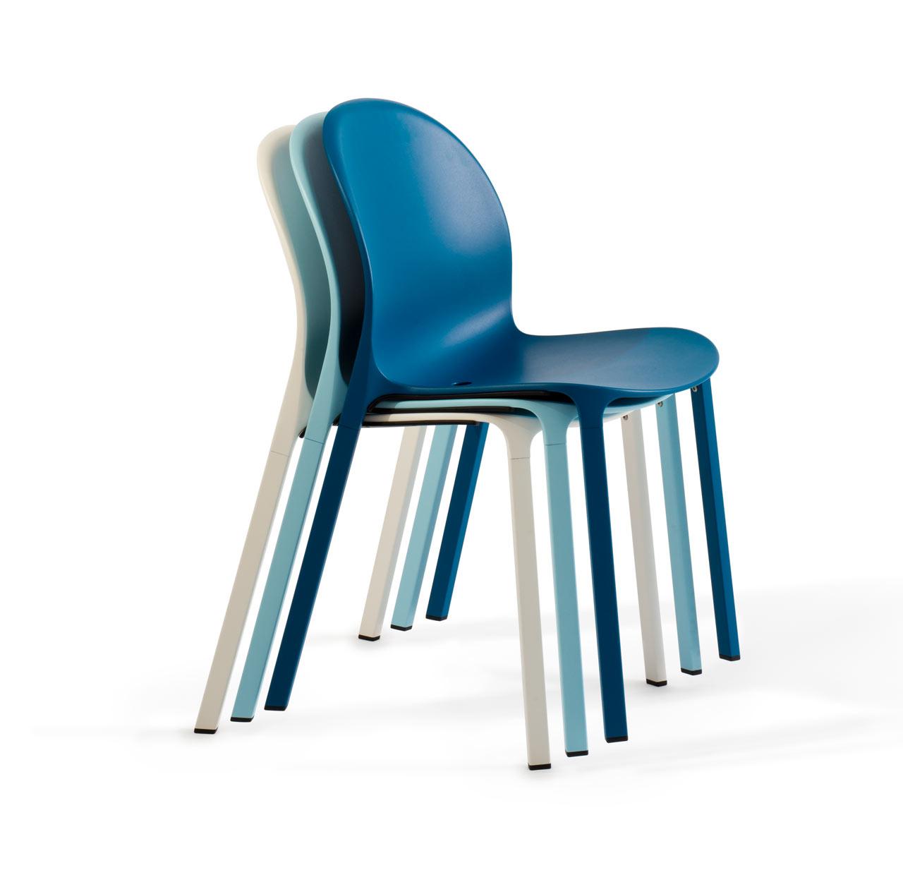 Get Out! Olivares Aluminum Chair