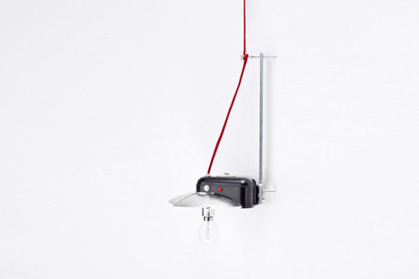 reborn-hanging-lamp-old-camera-1