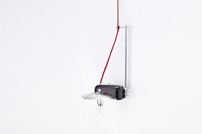 reborn-hanging-lamp-old-camera-1