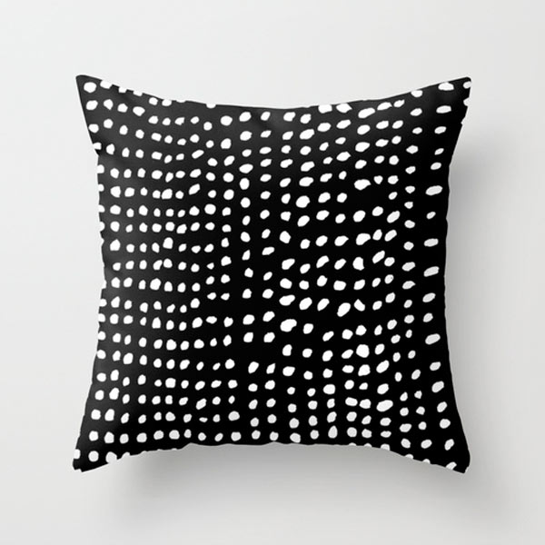 s6-dots-outdoor-pillow
