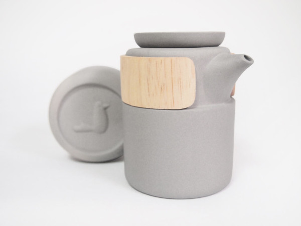 take-breath-ceramic-modern-tea-pot-gray