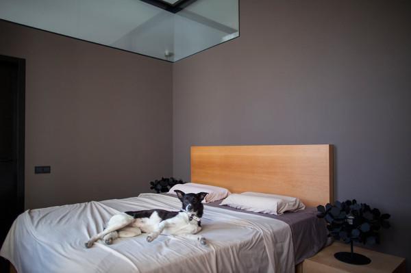Constant-Motion-Loft-Alex-Bykov-8-bedroom