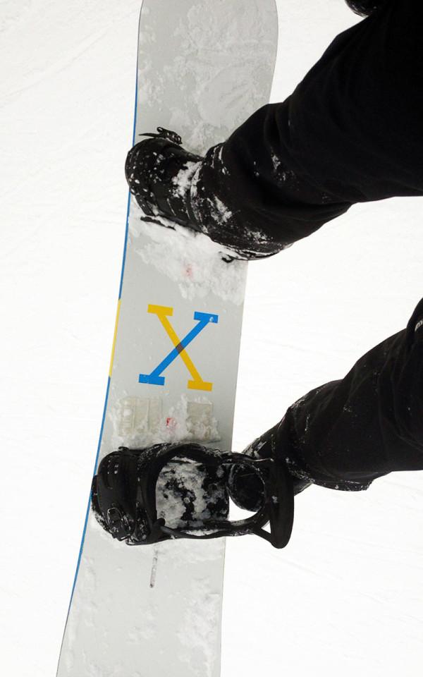 F5-Greg-Benson-Loll-Designs-4-Burton-snowboard
