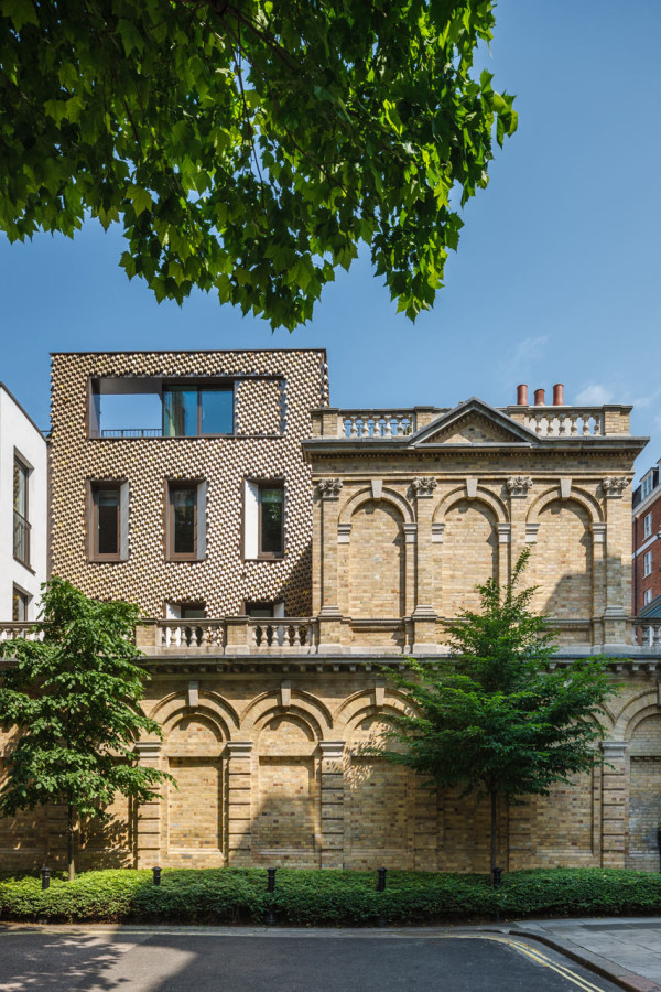 Leaf-Facade-Mayfair-Squire-and-Partners-8