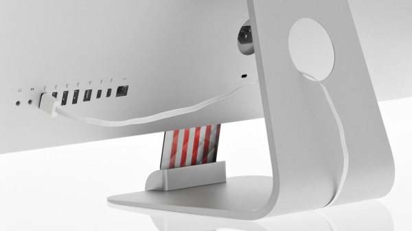 OCDock-iPhone-Charging-Dock-2