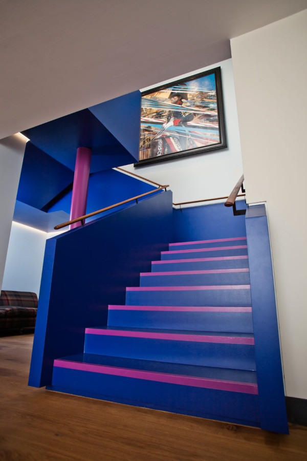 Paul-Smith-London-Flagship-6a-Architects-20-stairs