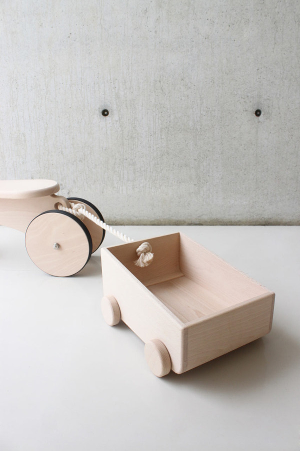 Ruskasa-Carved-Wood-9-RU-HH003-1