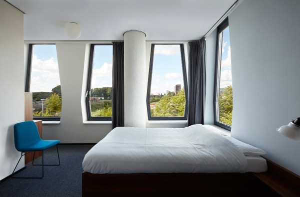 The-Student-Hotel-Amsterdam-6-room