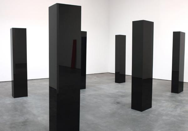 "John McCracken, ""Six Columns"", 2006 (reflecting ""Untitled"", 1967)"