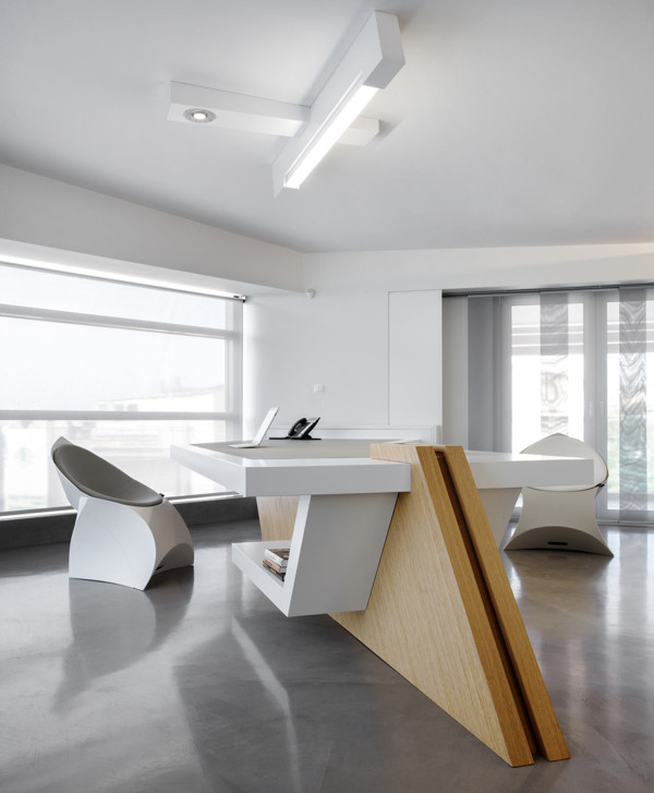 minimalist-modern-office-space