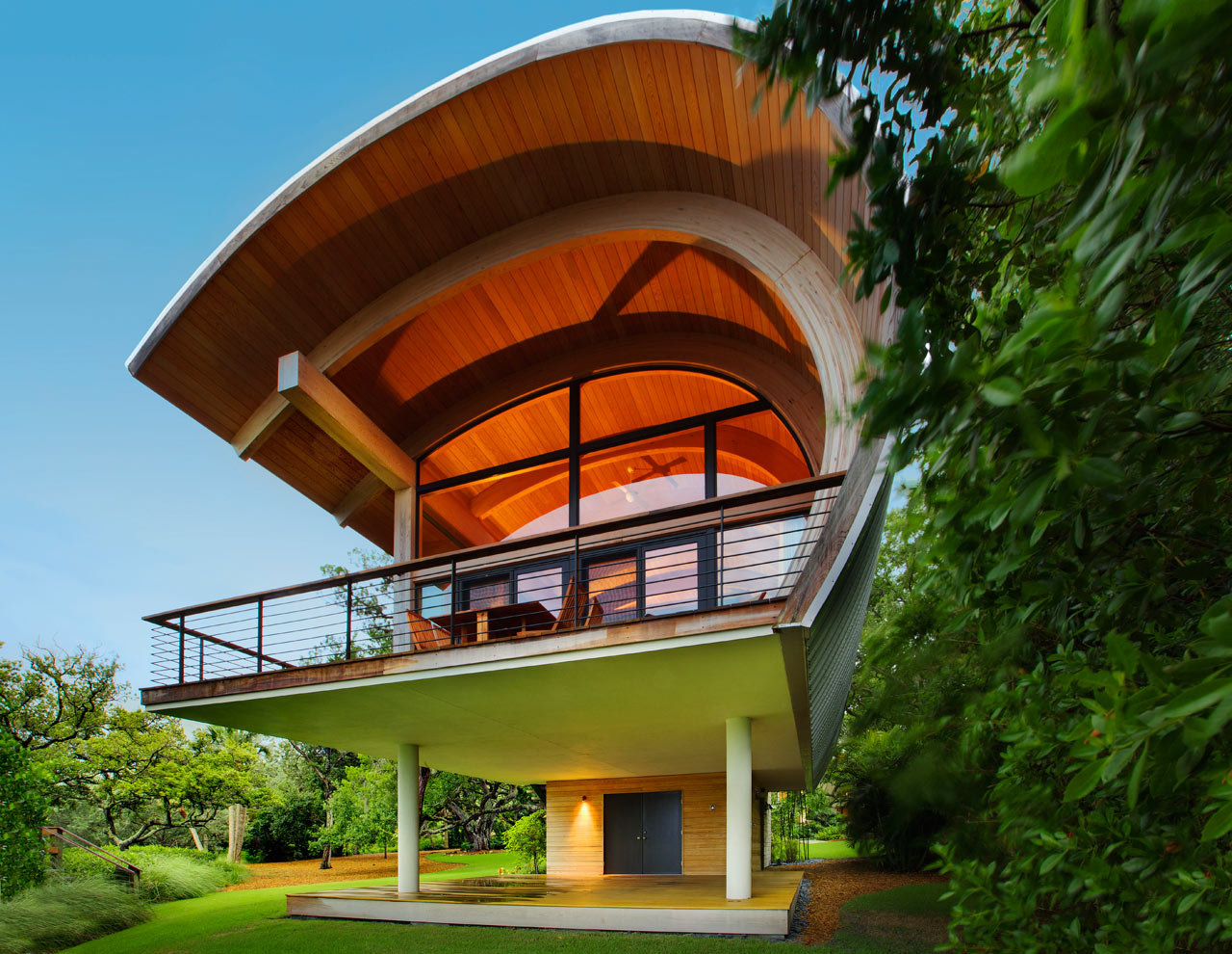 modern-treehouse-casey-key-bay-2