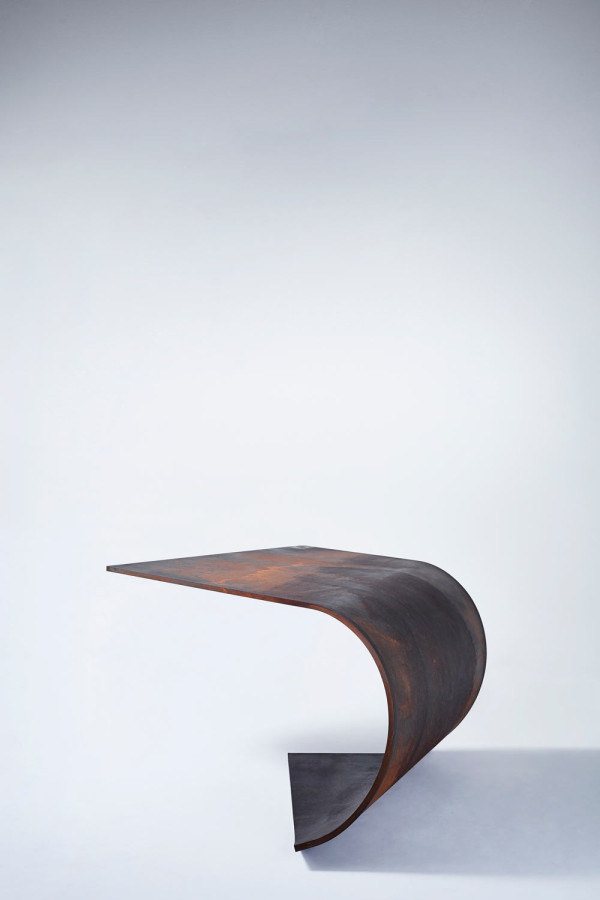 poised-table-paul-cocksedge-3