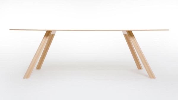 ripple-lightweight-wooden-table