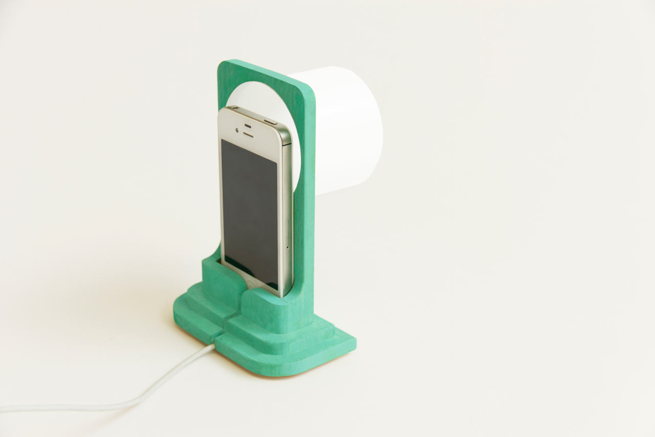 smart-light-iphone-lamp-dock-raw-edges-7