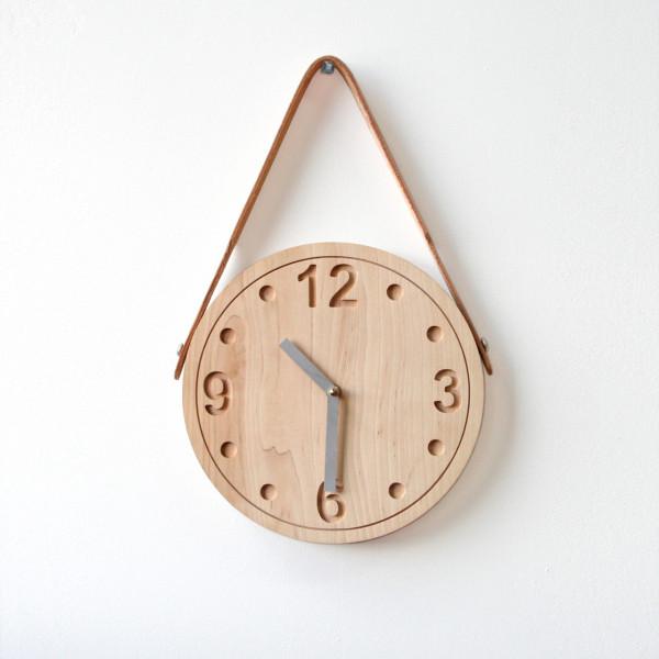 wooden-clock-stanley-ruiz