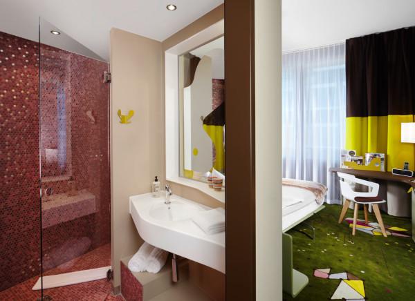 25-Hours-Hotel-Zurich-10-room-bathroom