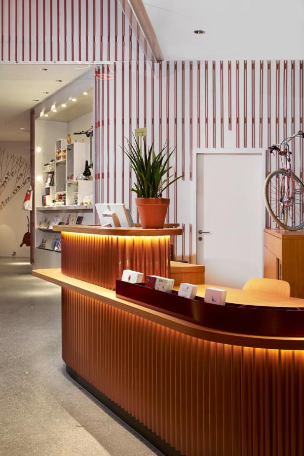 25-Hours-Hotel-Zurich-5-reception