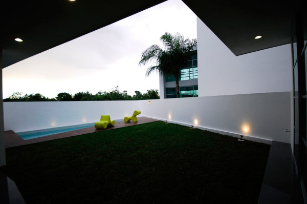 CUMBRES-DOCE-House-SOSTUDIO-Sergio-Orduna-Architects-4