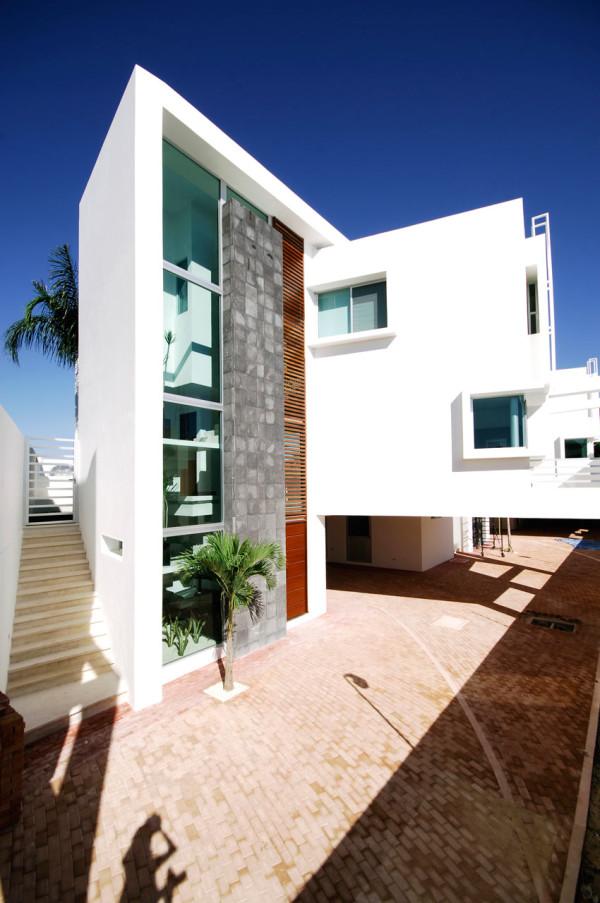 CUMBRES-DOCE-House-SOSTUDIO-Sergio-Orduna-Architects-6