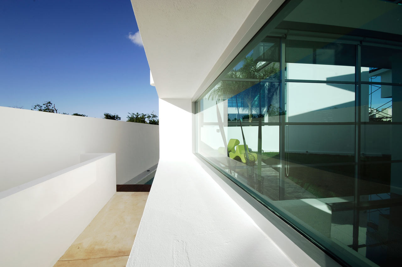 CUMBRES-DOCE-House-SOSTUDIO-Sergio-Orduna-Architects-8