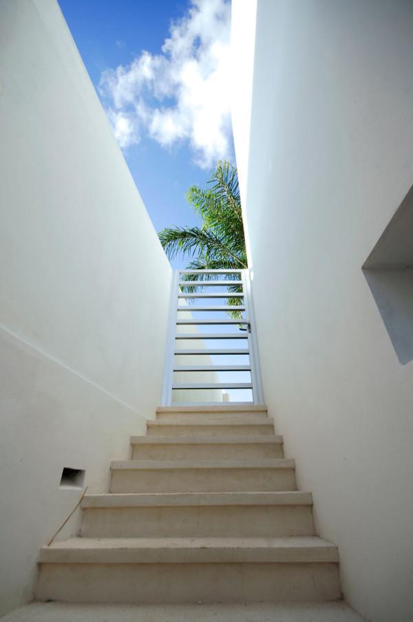CUMBRES-DOCE-House-SOSTUDIO-Sergio-Orduna-Architects-9