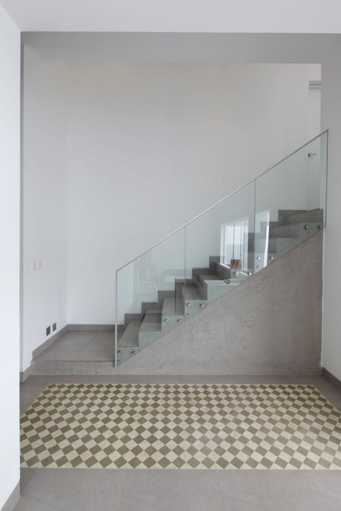 J-4--Beach-House-Vertice-Arquitectos-17-stairs