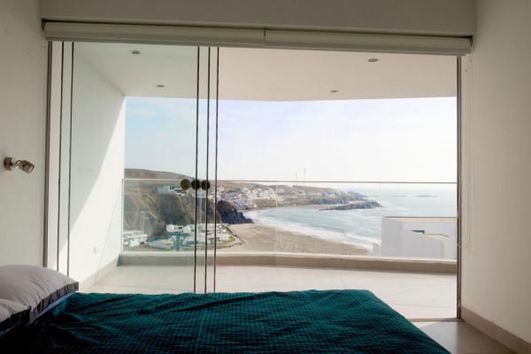 J-4--Beach-House-Vertice-Arquitectos-6-bedroom-view