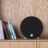 Libratone_Loop-modern-speaker-black-shelf