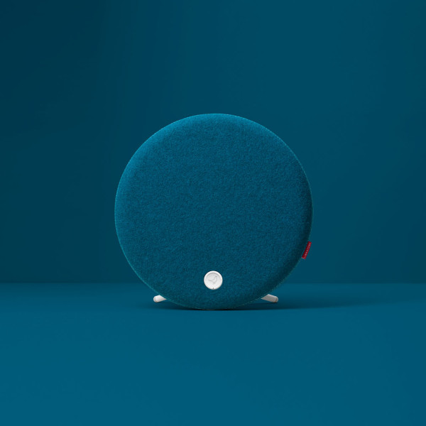 Libratone_Loop-modern-speaker-blue