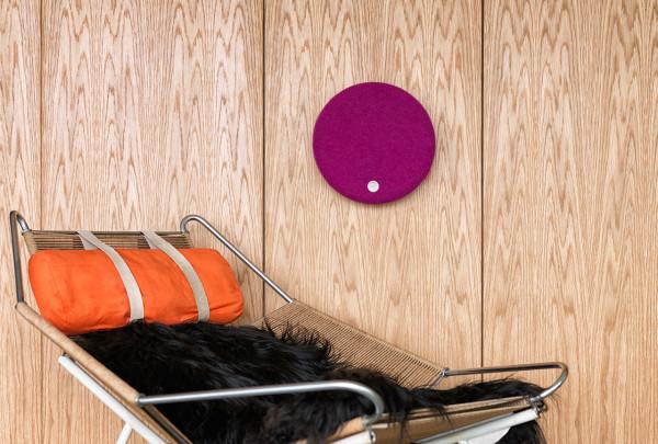 Libratone_Loop-modern-speaker-pink-wall