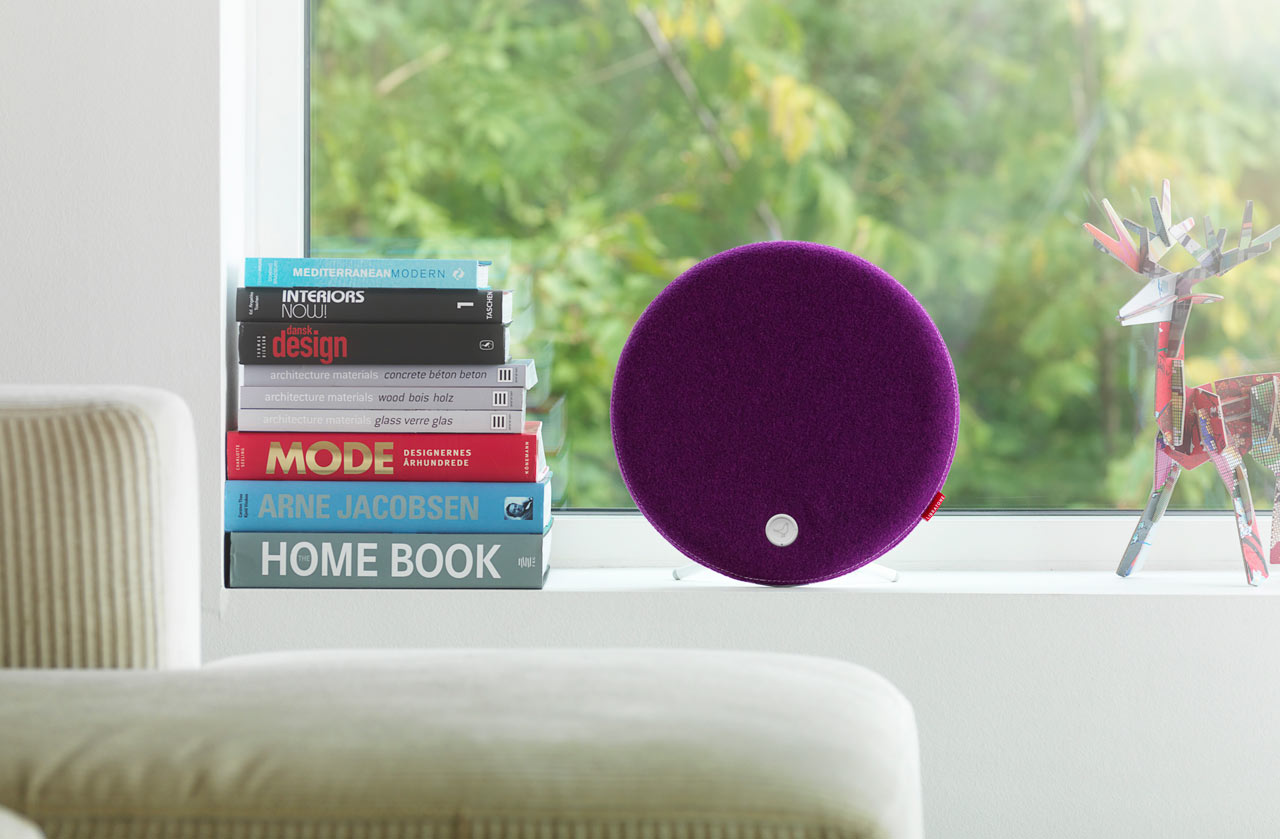 Libratone_Loop-modern-speaker-plum-window