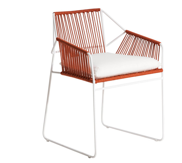 OASIQ-Mark-Gabbertas-SANDUR-Chair-2