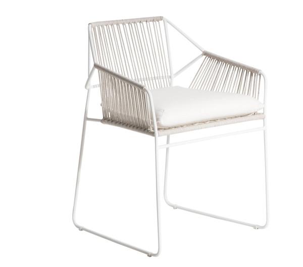 OASIQ-Mark-Gabbertas-SANDUR-Chair-3