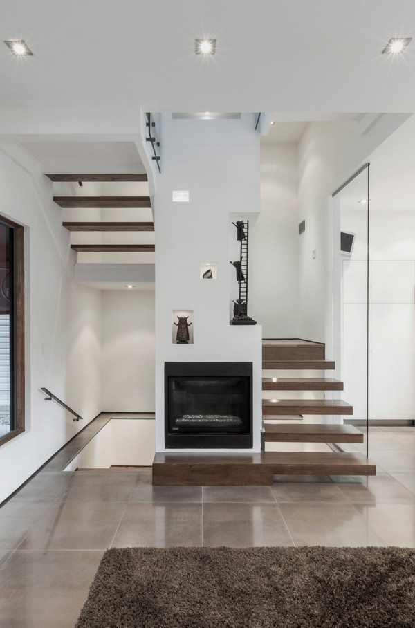 Totem-House-atelier-rzlbd-3-stairs