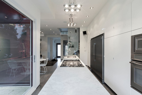 Totem-House-atelier-rzlbd-5-kitchen