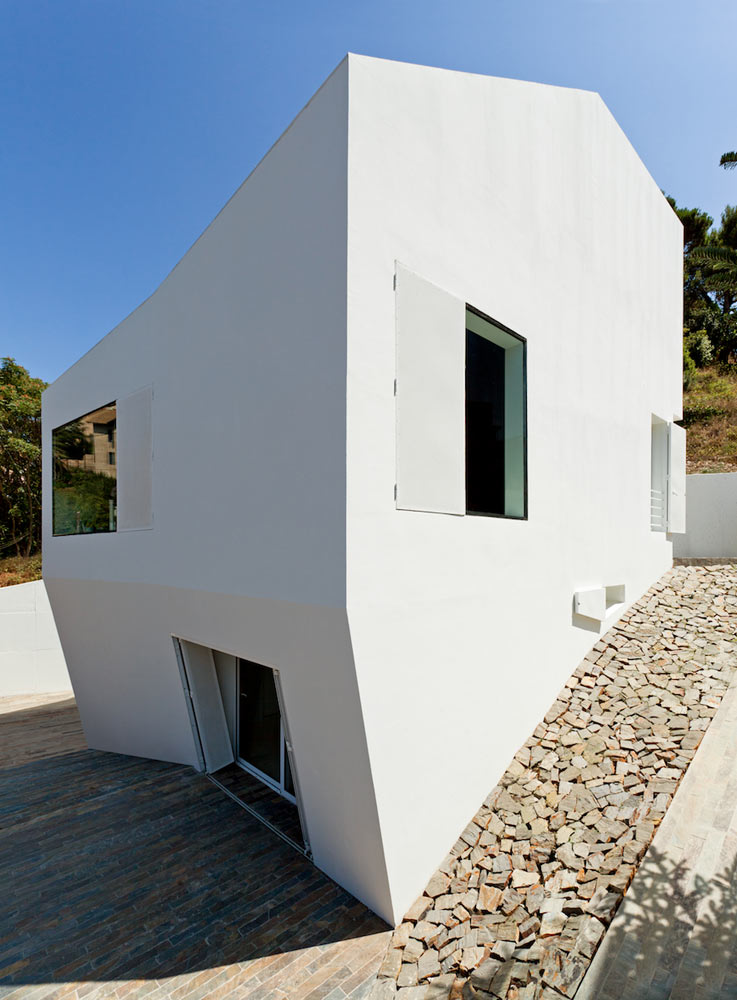 Vallvidrera-House-YLAB-arquitectos-3