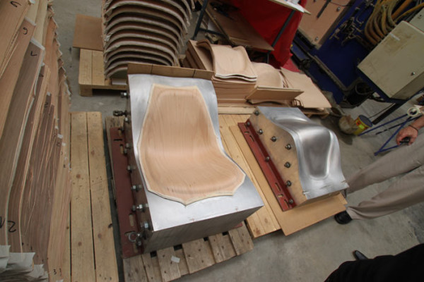 Good Eames Chair Wood Press Molded