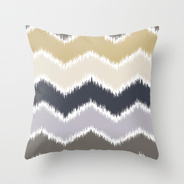fall-pattern-chevron-pillow