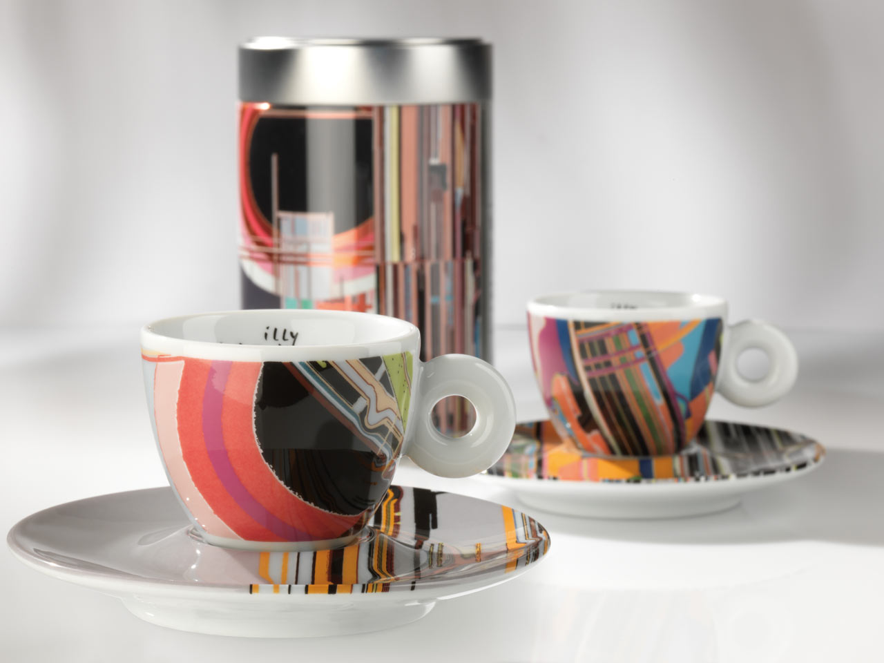 The Latest illy Art Collection Project: Artist Liu Wei