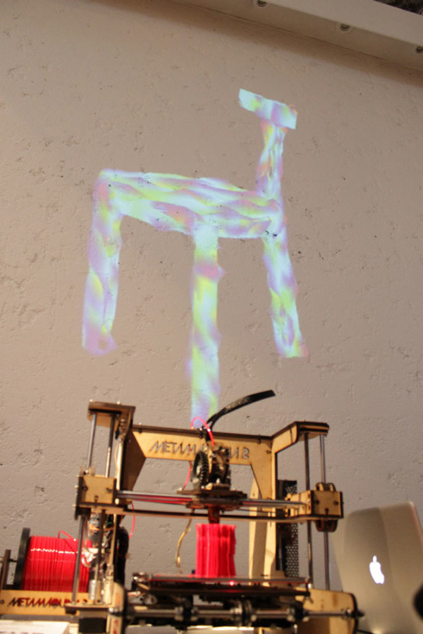 noize-performance-live-chair-printing-3