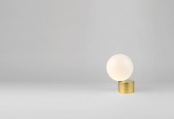 tip-tongue-light-michael-anastassiades