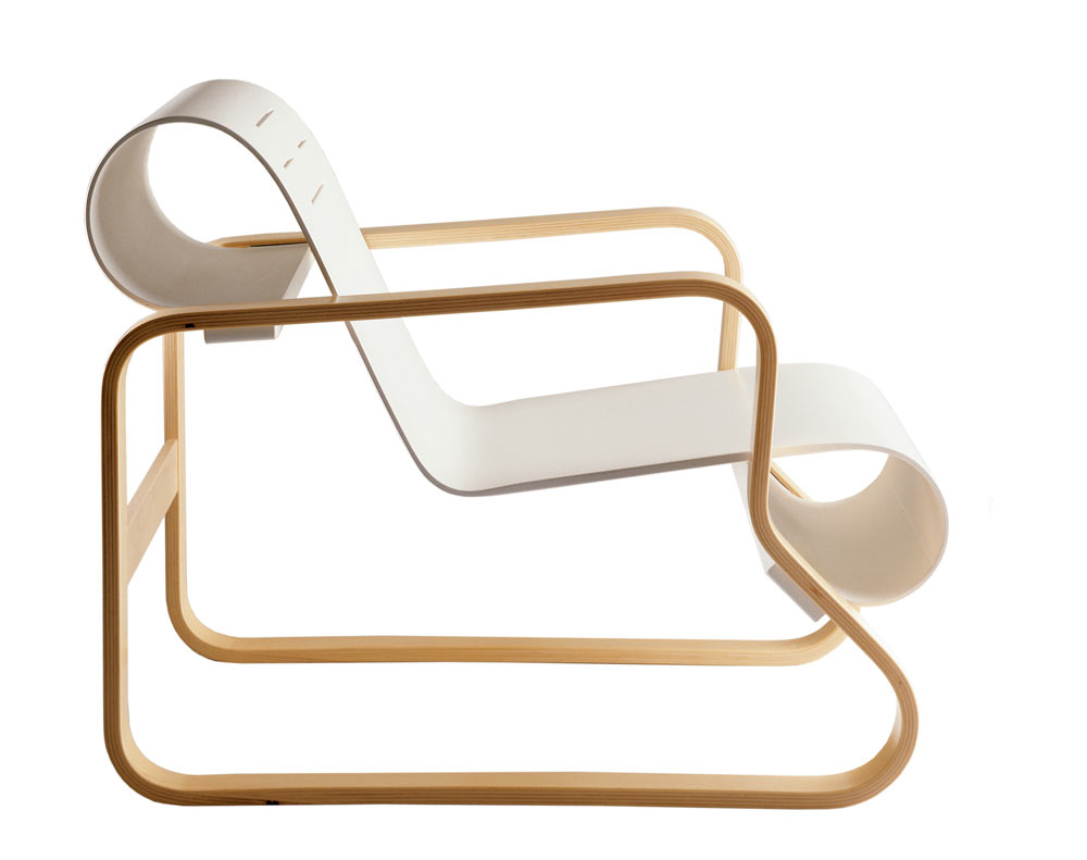 A Very Comfortable Chair: Armchair 41 from Artek