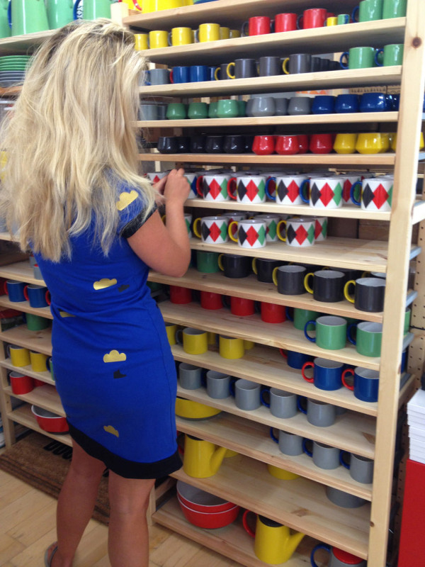 Dailies-Howkapow-10.Choosing-ceramics