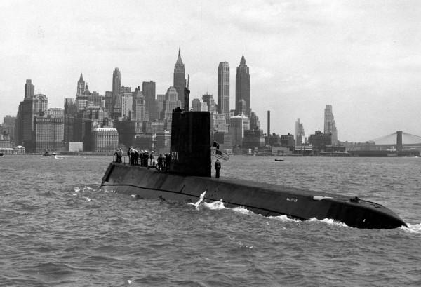 Emeco-Submarine-photo